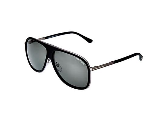 Preload https://img-static.tradesy.com/item/25329570/tom-ford-black-simple-tag-sunglasses-0-0-540-540.jpg