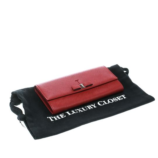 Salvatore Ferragamo Red Leather Vara Bow Continental Wallet Image 10