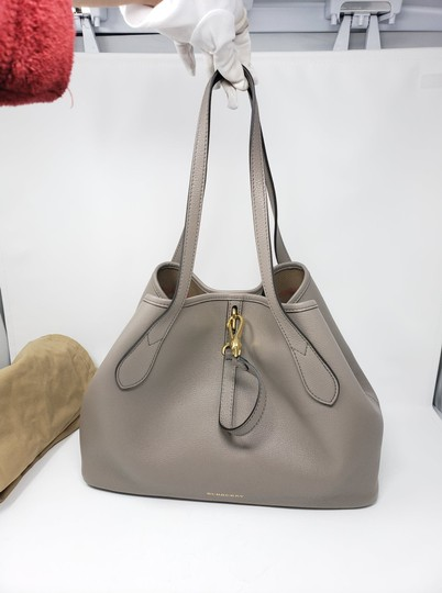 Burberry Tote in Gray Image 2