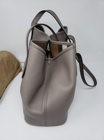 Burberry Tote in Gray Image 4