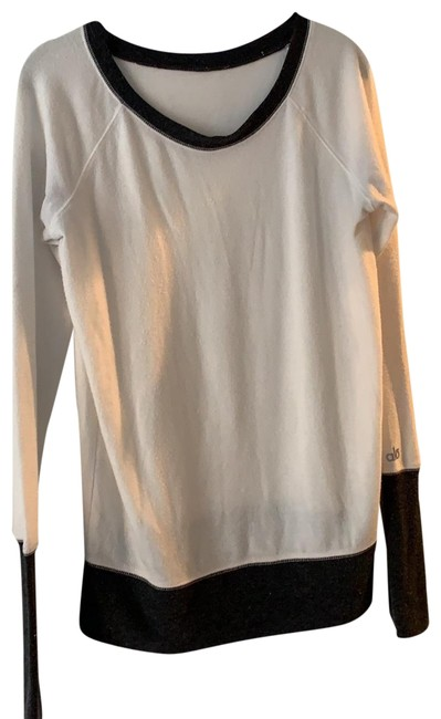 Item - Cream and Black Activewear Top Size 6 (S)