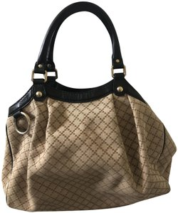 Gucci Tote in Light Biege, black