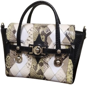 38dffd3d51 Yellow Versace Bags - 70% - 90% off at Tradesy