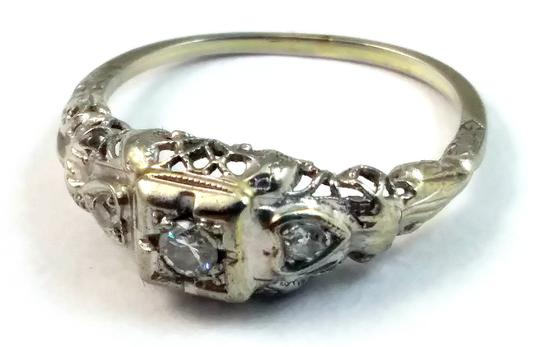 White Antique Diamond 18k Gold Filigree Engagement Ring Image 2