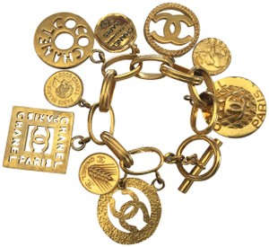 Chanel RARE VINTAGE CHANEL GOLD PLATED CHARM BRACELET