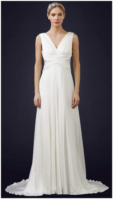 Item - Off White Silk Naomi 890051 Feminine Wedding Dress Size 4 (S)