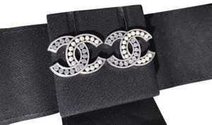 Chanel CHANEL 2018B CLASSIC SILVER TONE BIG CC LOGO CRYSTALS AND PEARLS STUDS