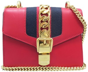 09fee3090ed9 Gucci Shoulder Bags - Up to 70% off at Tradesy (Page 2)
