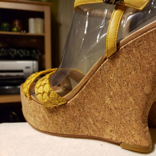 House of Harlow 1960 Wedges Image 6