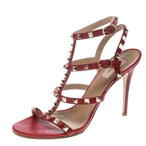0947e7535f92 Valentino Sandals - Up to 70% off at Tradesy
