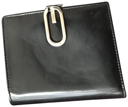 Preload https://img-static.tradesy.com/item/25335647/gucci-black-patent-leather-1990-s-vintage-wallet-0-1-540-540.jpg