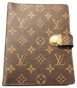 35f3792d67dc Louis Vuitton Wallets on Sale - Up to 70% off at Tradesy