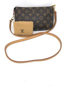 17d48cbe7ea Louis Vuitton Clutches - Up to 70% off at Tradesy