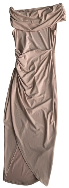 Item - Nude Bodycon Off Shoulder Mid-length Cocktail Dress Size 4 (S)