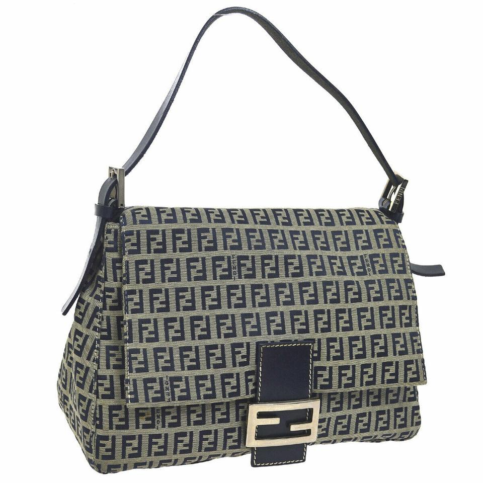 c2e6732174 Fendi Bags on Sale - Up to 70% off at Tradesy (Page 4)