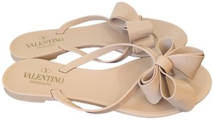 Valentino Rubber Bow Musthave Clasic Tan Flats