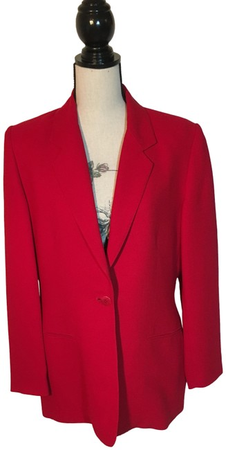 Item - Red Collectables Skirt Suit Size 10 (M)