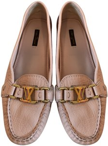8f337dc2254d Louis Vuitton Shoes on Sale - Up to 70% off at Tradesy