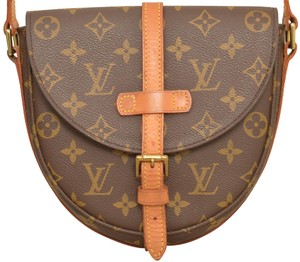 7746d848c150 Louis Vuitton Cross Body Bags - Up to 70% off at Tradesy