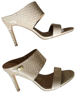 Calvin Klein Sandals Up to 90% off at