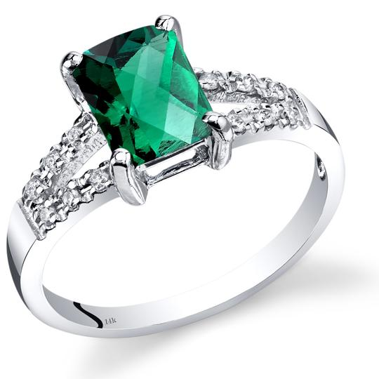 other Emerald Venetian RIng Image 2