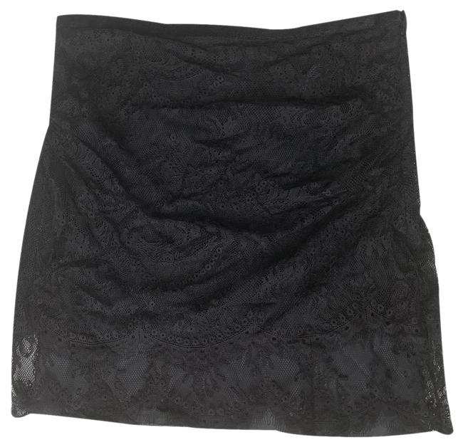 Preload https://img-static.tradesy.com/item/25340717/l-agence-black-lace-skirt-size-12-l-32-33-0-1-650-650.jpg