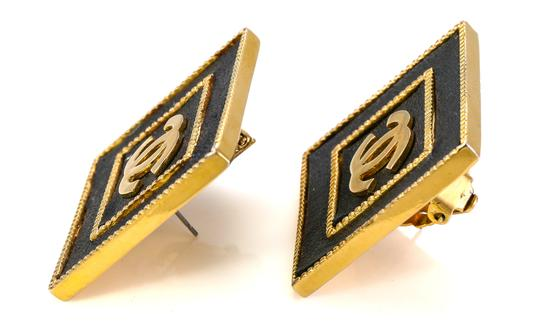 Chanel Chanel Vintage Accessories Large Stud Square CC Earrings. Image 3