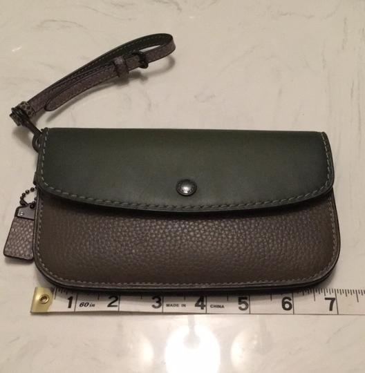 Coach Dark green Clutch Image 3