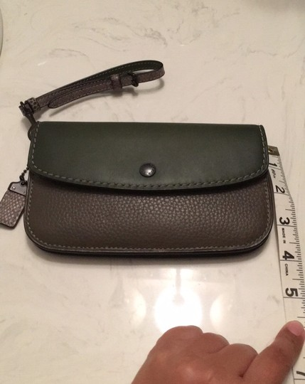 Coach Dark green Clutch Image 4