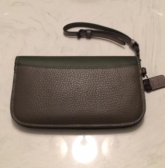 Coach Dark green Clutch Image 7