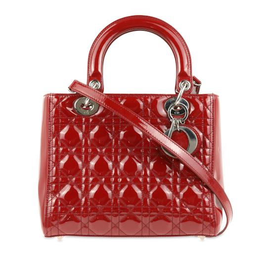 Preload https://img-static.tradesy.com/item/25341741/dior-medium-cannage-quilted-red-patent-leather-tote-0-2-540-540.jpg