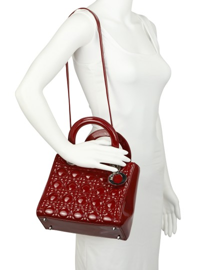 Dior Tote in Red Image 11