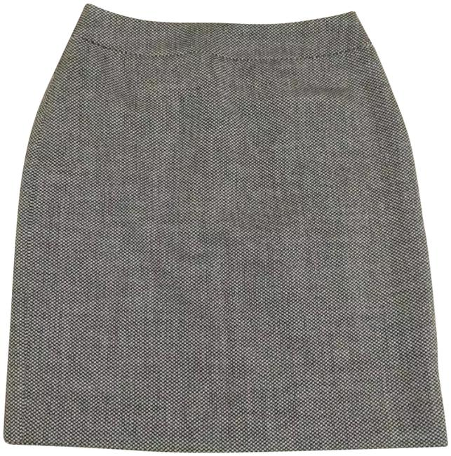Preload https://img-static.tradesy.com/item/25341925/ann-taylor-black-gray-tweed-wool-pencil-4p-skirt-size-petite-4-s-0-1-650-650.jpg