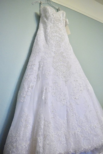 David Tutera for Mon Cheri White Unaltered Tulle and Hand-beaded Embroidered Lace Over Satin Style 215265 Katharine Formal Wedding Dress Size 8 (M) Image 4
