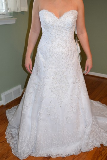David Tutera for Mon Cheri White Unaltered Tulle and Hand-beaded Embroidered Lace Over Satin Style 215265 Katharine Formal Wedding Dress Size 8 (M) Image 5