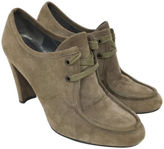 Preload https://img-static.tradesy.com/item/25342343/stuart-weitzman-taupe-suede-lace-up-ankle-bootsbooties-size-us-8-regular-m-b-0-1-540-540.jpg