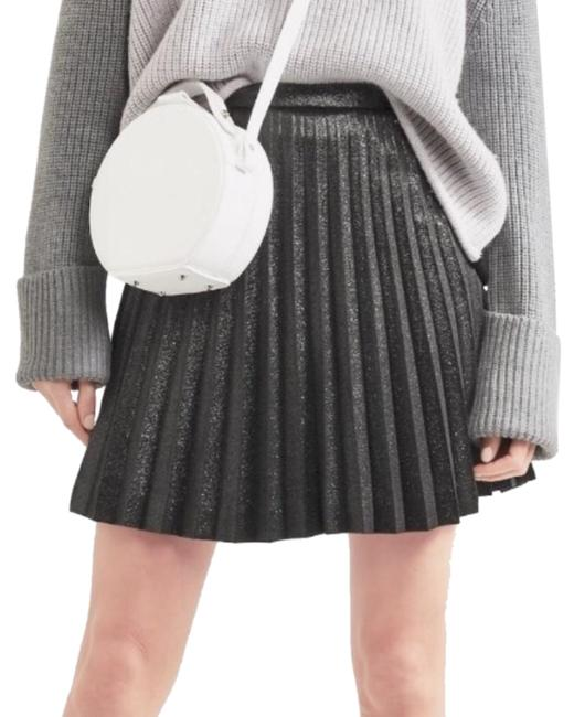 Preload https://img-static.tradesy.com/item/25342370/jcrew-grey-pleated-skirt-size-4-s-27-0-1-650-650.jpg