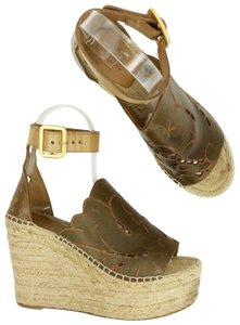 Chloé Open Toe Strappy Signature Logo Gold Brown Wedges