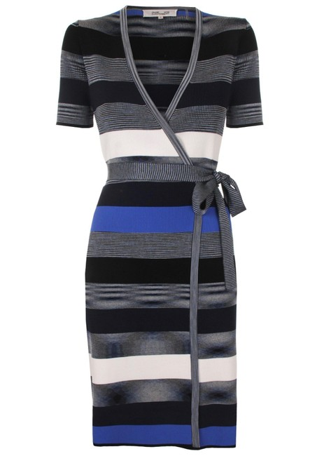 Item - Striped Short-sleeve Sweater Wrap Mid-length Formal Dress Size 6 (S)