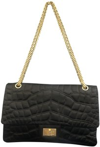 b496ac81efed Chanel Bags - 70% - 90% off at Tradesy
