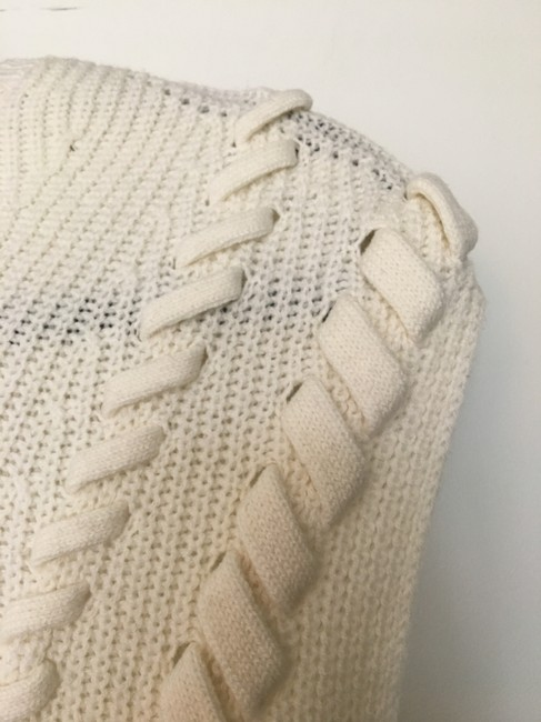 INTERMIX Bow Detail Cable Knit Sleeveless Sweater Image 3