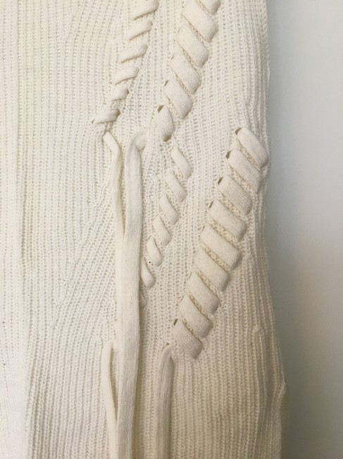 INTERMIX Bow Detail Cable Knit Sleeveless Sweater Image 4