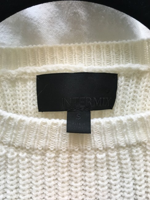 INTERMIX Bow Detail Cable Knit Sleeveless Sweater Image 5