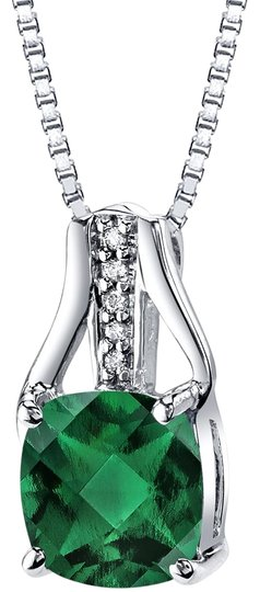 Preload https://img-static.tradesy.com/item/25345266/white-gold-emerald-checkerboard-pendant-necklace-0-1-540-540.jpg