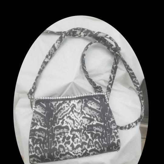 Enzo Angiolini Shoulder Bag Image 2