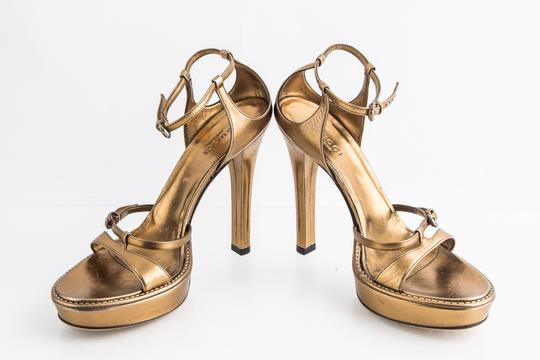 Gucci Gold Sandals Image 5