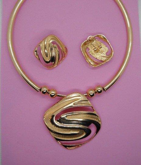 Other 18K Gold Plated Geometric Necklace Earrings/ Image 5