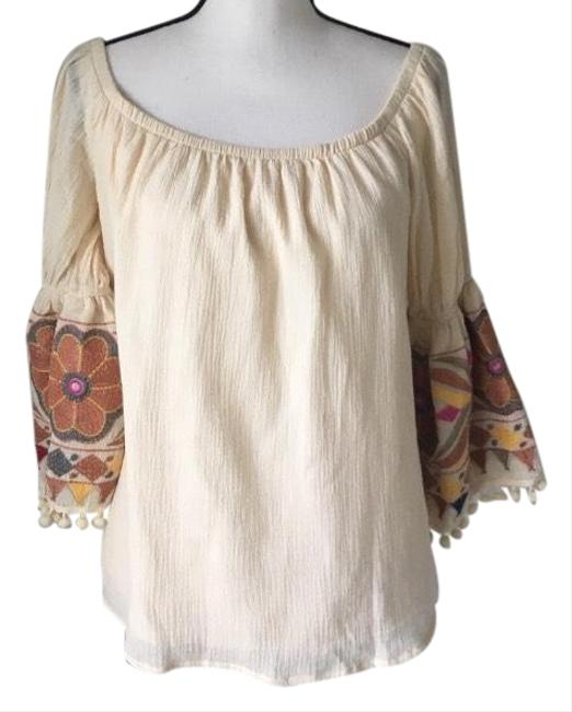 Item - Va Cream with Embroidered Sleeves / Medium Blouse Size 8 (M)