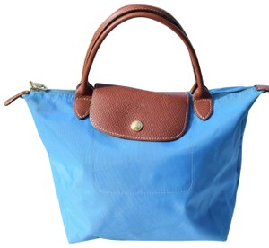 Longchamp Tote in light blue