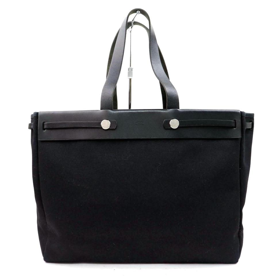0363eef1ee917 Hermès Airbag Mm  672h29 Black Shoulder Bag - Tradesy